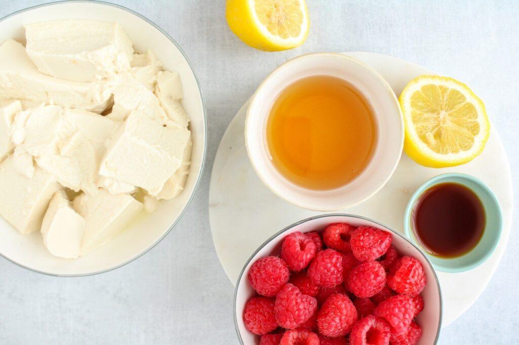 Ingredients to make a tofu base fruit pudding