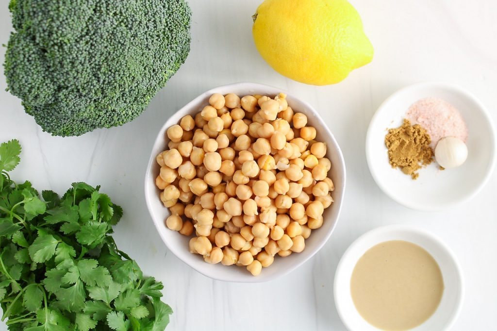 Ingredients needed to make this recipe: vegetable, chickpeas, tahini, cumin powder, garlic, salt and lemon juice.